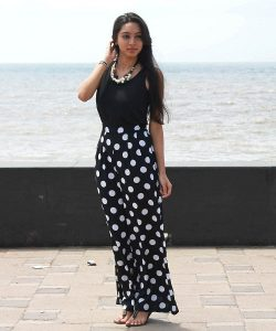 Black and White Palazzo Pants Images