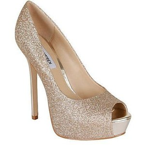Gold Pumps Shoes Images
