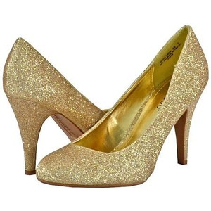 Gold Shoes Pumps