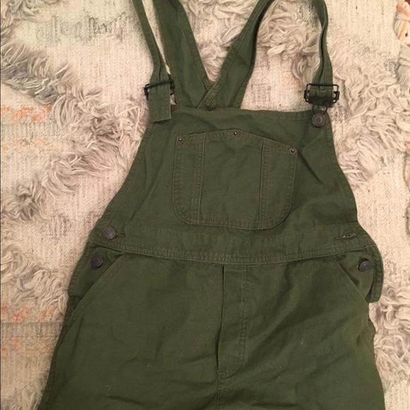 Green Overall Shorts Wardrobe Mag