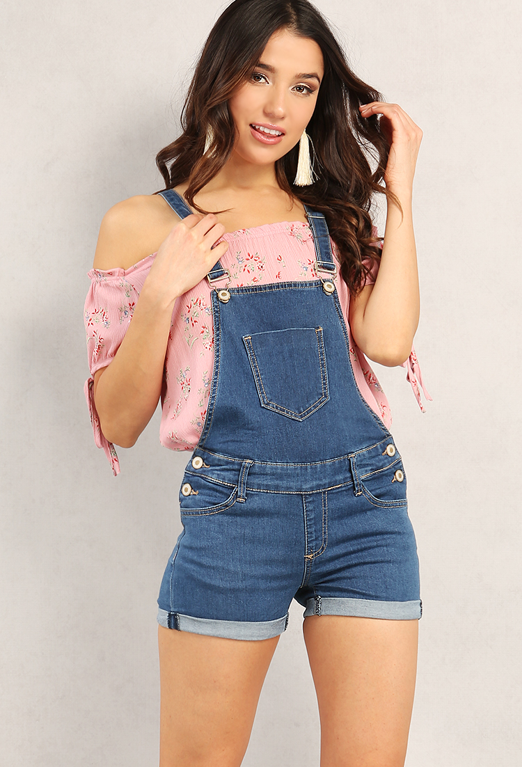 Overalls Are Making A Comeback As The Latest Fashion Trend: WardrobeMag.com
