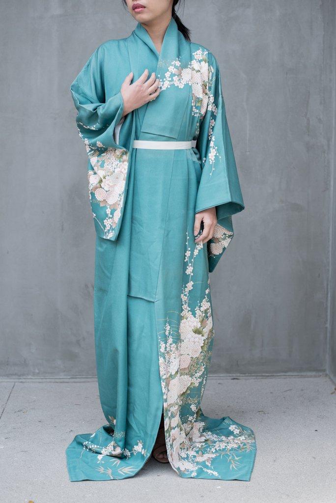 Teal Kimono | Wardrobe Mag